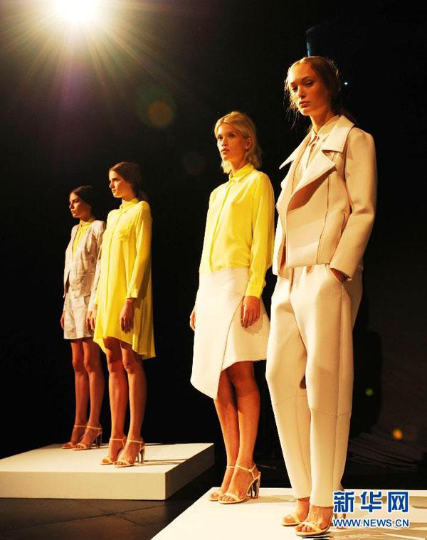 Minggu Fesyen Pakaian New York 2013
